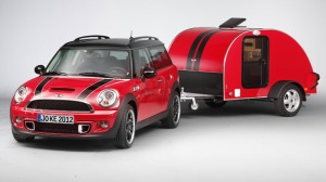 mini-caravan-w